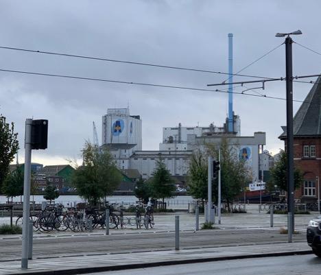 Skorsten på havnen i Aarhus væltede