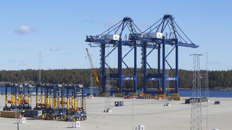 Kinesiskbyggede containerkraner bliver fjernstyrede