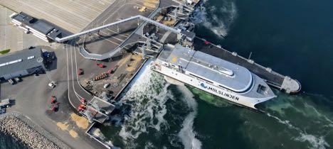 Hurtigfærger lægger snart til i ny færgeterminal