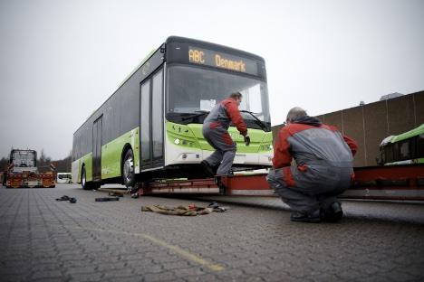 De første kinesiske el-busser er kommet til Odense